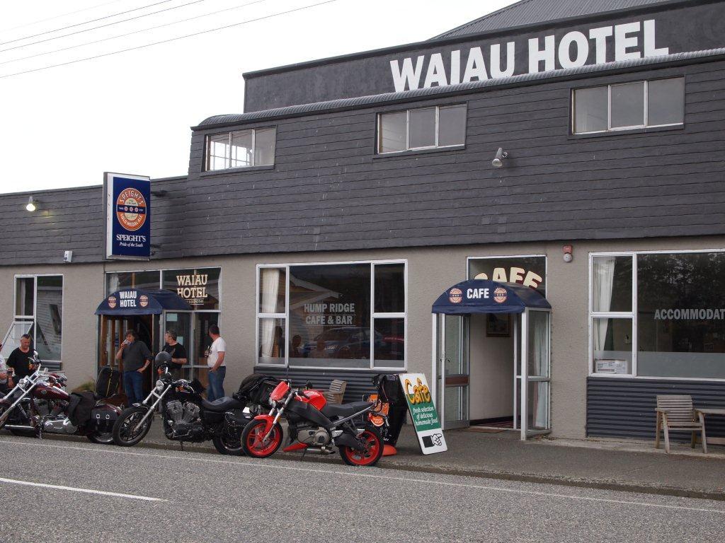 Waiau Hotel
